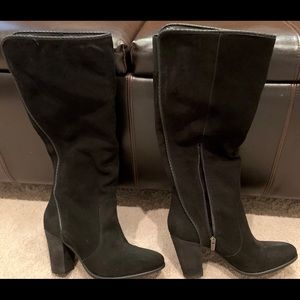 Like New Vince Camuto Suede Leather Boots
